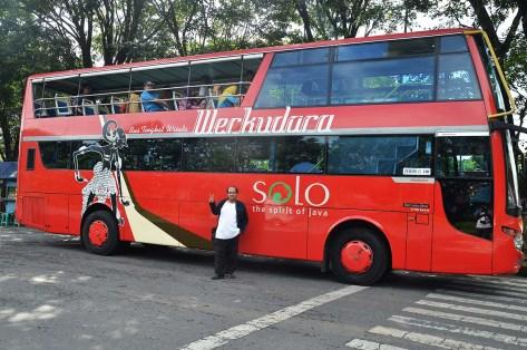 naik bus tingkat werkudara
